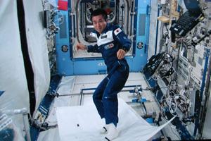 若田宇宙飛行士「おもしろ宇宙実験」その2、動画も公開!