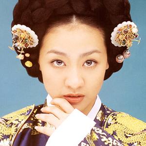 三大女優が熱演した、朝鮮王朝最後の王妃の物語「明成皇后」配信中!