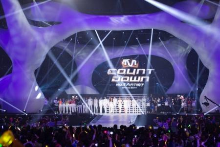 4/2 2PM、超新星ら豪華アーティストに沸いた『M COUNTDOWN No.1 Artist of Spring 2014』日本公演レポ!関連動画