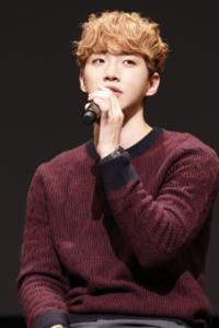 ジュノ(2PM)、これが本物の僕!初主演映画『二十歳』ジャパンプレミアム上映会舞台挨拶!再現レポと予告動画
