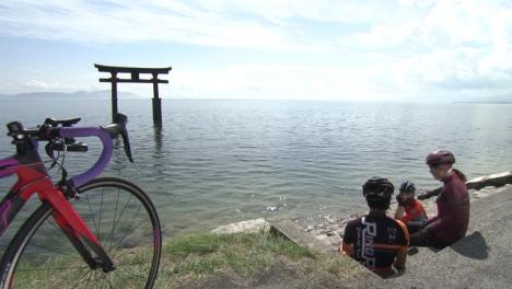 滋賀・守山市、ちゃりん娘がビワイチ(琵琶湖一周サイクリング)の絶景を紹介する動画公開!