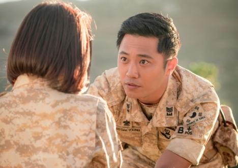 「太陽の末裔」で日本でも人気急上昇中、注目の実力派俳優チン・グ日本独占メッセージ映像公開!