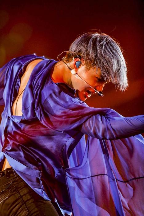 テミン(SHINee)、28,000人を魅了した初のソロステージレポート&写真公開!「Flame of Love」MV