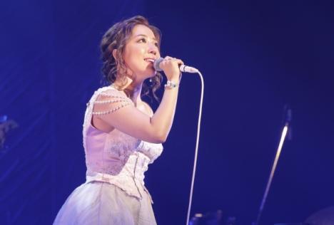 平原綾香、10thAL「LOVE 2」を引っさげた全国ツアー大盛況のうちに第1幕終了!関連動画