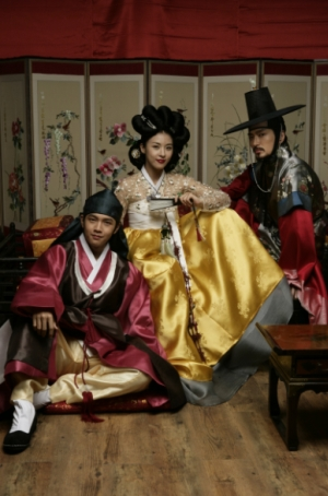 NHKBS<三銃士>の次はハ・ジウォン主演「ファン・ジニ」に決定!12/2スタート、予告動画
