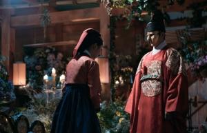 「仮面の王 イ・ソン」第14話あらすじと見どころ:ブラック・エル、世子の正体を明かす!予告動画