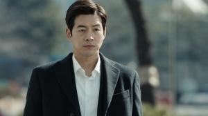韓国ドラマ「耳打ち~愛の言葉~」第1-2話あらすじと見どころ・場面写真:信念の判事~チョ・ヨンファ