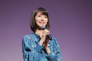 メニコン新シリーズ「フォーシーズン」のイメージキャラクターに浜辺美波を起用!