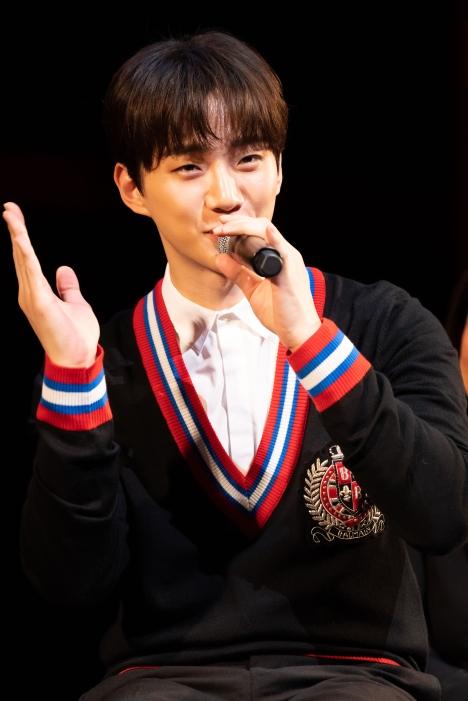 【再現レポート】ジュノ(2PM)、きき湯ゲームで大盛り上がり!映画『薔薇とチューリップ』プレミアム上映イベント