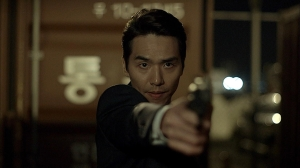BS11韓国ドラマ「バッドガイズ-悪い奴ら-」第11-最終回あらすじ:オ検事の銃口がジョンムンに!衝撃の結末は!?予告動画<br/>