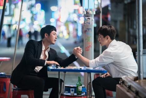 ジュノ(2PM)×チャン・ヒョク×チョン・リョウォン「油っこいロマンス」全巻レンタルキャンペーン実施!
