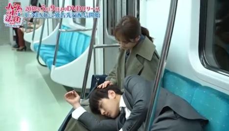 子犬のようなエル(INFINITE)!?膝枕で頭をナデナデされる「ハンムラビ法廷」胸キュンメイキング映像公開!