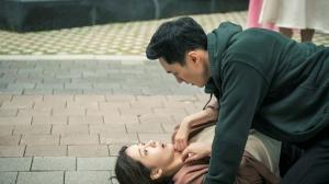 """ソ・ジソブ、抱擁タックルからの床ドン!?「私の恋したテリウス」SP映像""""敏腕スパイが恋をしたら!?""""公開!"""