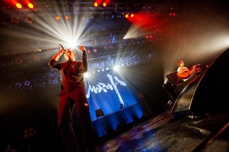 MOROHA 「MOROHA lV RELEASE TOUR 単独」ライブレポート&写真公開!
