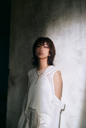 Ms.OOJA、清水崇監督×三吉彩花『犬鳴村』主題歌「HIKARI」2/5配信決定!特別映像公開