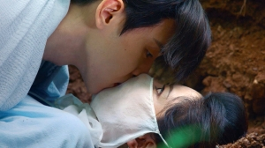 中国ドラマ「霜花の姫~香蜜が咲かせし愛~」第21-25話あらすじ:胸のときめき~聖医族の掟|BS12予告動画