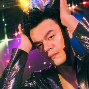 J.Y. Park、注目の新曲が早くもiTunesダンスチャート1位を獲得!ディスコ・ダンスブームの予感!?