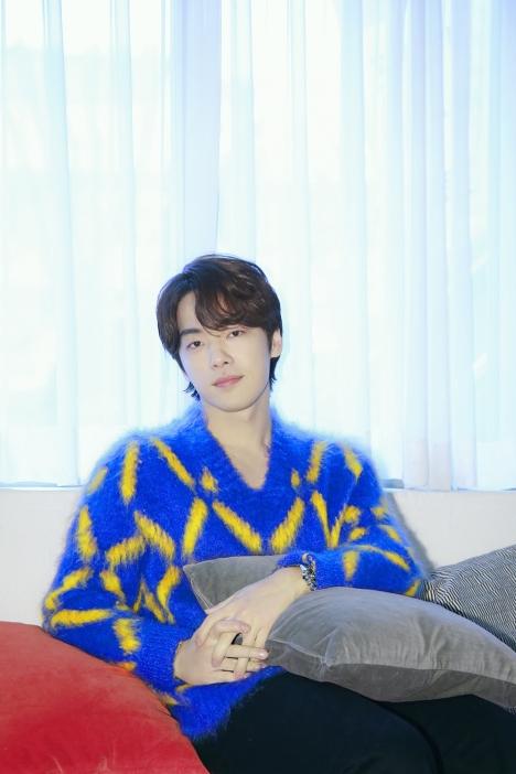 10月「愛の不時着」ク・スンジュン役、キム・ジョンヒョンのオンラインファンミ開催決定!