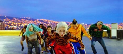 パブロ・ラライン監督最新作『エマ、愛の罠』10/2劇場公開、レゲトンのリズムでストリートダンス映像初公開!