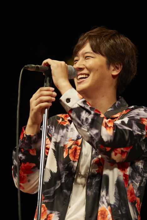 三浦祐太朗、「お客さんが入っている!」と感激!ツアー初日・東京公演(9/21)報告&ライブ写真公開