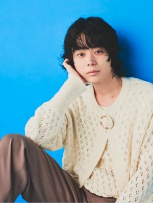 菅田将暉、初のウエディングソングに込めた思いを語る!『ゼクシィ』1月号の付録「ドラえもん婚姻届」!