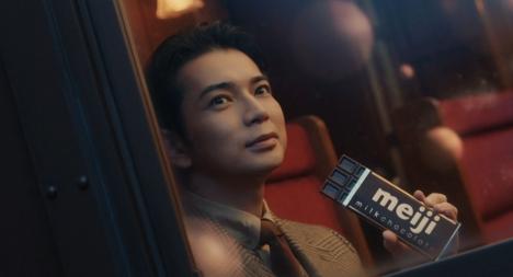 松本潤、Xマスっていうとパーティーより相葉くんの誕生日祝い?MJが「明治チョコレートの歌」初披露したCM解禁!