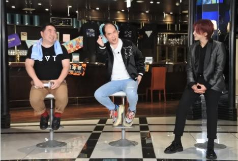 BTS&SEVENTEENを語るMnet年末特番で、古家正亨がJIMINからもらった激レアアイテム披露!