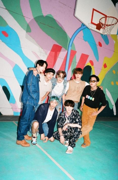 BTS、米ビルボード「Hot100」にて5位!「Dynamite」またチャートを逆走!