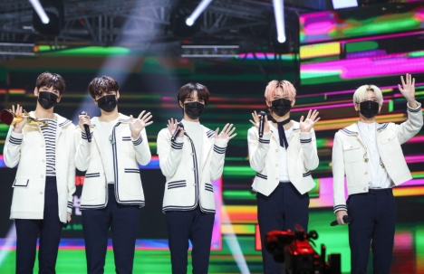 BTSの弟分、TOMORROW X TOGETHER「ゴールデンディスクアワード」初の本賞受賞!2年連続受賞の栄誉!