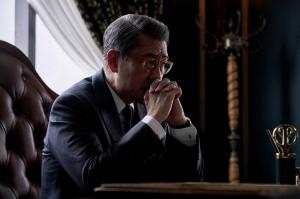 「連続ドラマW 華麗なる一族」贅の限りを尽くした豪華絢爛な万俵家・阪神銀行のセット公開!