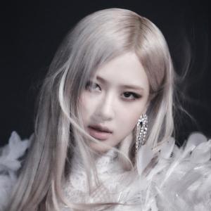 ROSÉ From BLACKPINK ソロデビュー作「R」収録「On the Ground」計51ヵ国で1位獲得!タイトル曲MV公開