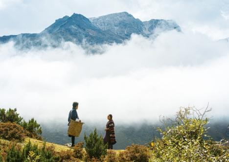 """映画『ブータン 山の教室』伝統歌""""ヤクに捧げる歌""""に心惹かれる本編映像解禁!"""