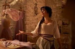 『アナ雪』『ウィキッド』イディナ・メンゼルも出演『Cinderella(原題)』9月独占配信決定&場面写真公開<br/>