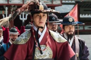 NHK総合「ヘチ 王座への道」第18話あらすじ:イ・グムに王の資格はあるのか?殿下と邸下の違いは?