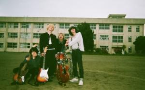 滋賀発ロックバンドWOMCADOLE「旅鴉の鳴き声」発売!「ペングイン」のMVも公開!<br/>
