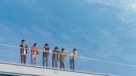 V6の名曲を合唱する新MV「愛なんだ(アイスと平和 ver.)」をピノ「アイスと平和」特設サイトで本日公開