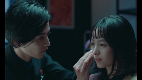 清野菜名がマネキン、渡邊圭祐がメイクアップアーティストで初共演!資生堂約17分ショートフイルム公開