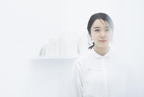 上白石萌音、10/13発売 ダブルA面シングルから「スピン」ミューシックビデオ公開
